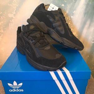 Adidas Originals Yung-96 Chasm Black Carbon Shoe